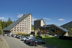 Hotel Resort Sklar udvendig